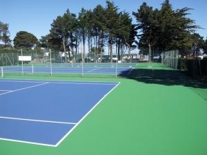 courts de tennis exterieurs Peninsula Tennis club